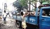 BGB man knocked down by city Garbage truck