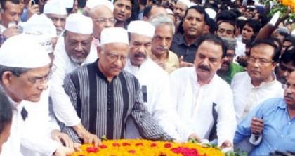 Hannan Shah laid to rest in Gazipur
