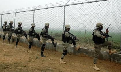 Pakistani, Indian troops exchange fire across LoC
