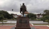 Ghana says it wants to remove Gandhi statue from campus