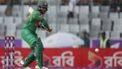 Tamim falls after Kayes, Woaks keeps on tight bowling
