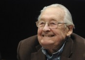 Polish filmmaker Andrzej Wajda dies at 90