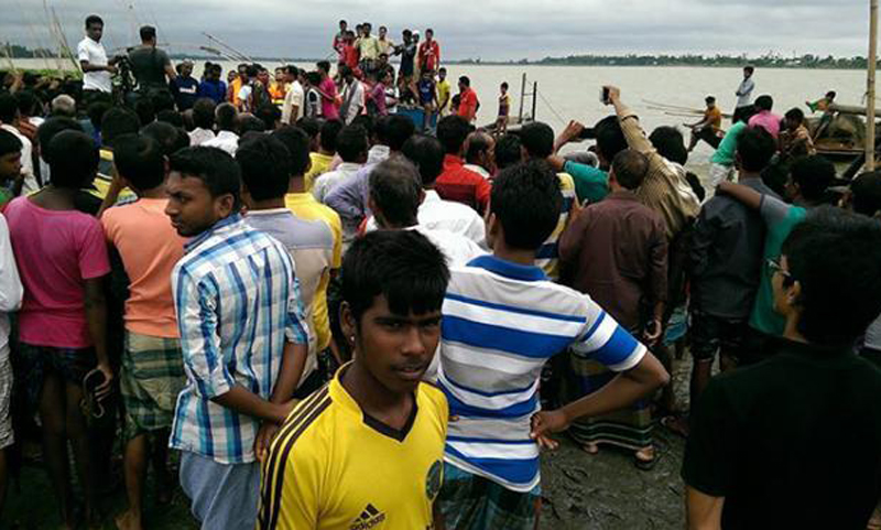 Bodies of four Narsingdi boat capsize victims found in Meghna