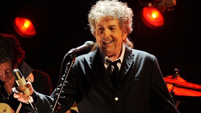No response yet from Bob Dylan on Nobel literature prize win