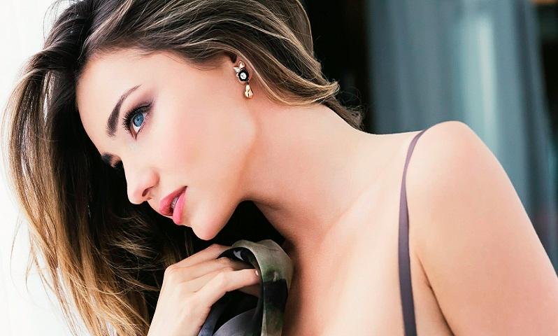 Supermodel Miranda Kerr to wed next year