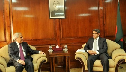 Athens for boosting economic ties with Dhaka