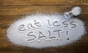 8 ways eating too much salt is hurting your body