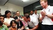 England Cricket team hear Bangladesh acid survivors