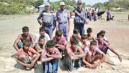 At least 900 fishermen arrested in bid to save breeding Hilsa