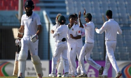 Bangladesh opt to bat first against England