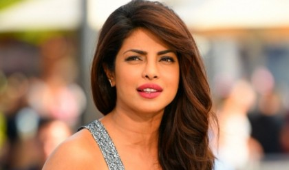 Chelsea Handler asks Priyanka Chopra if she could speak English when she came to US