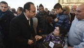 Hollande admits France's WWII role in Roma internment