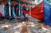 AL leaders visit vandalised Hindu temples, houses in B'baria