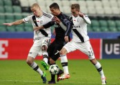 Madrid humbled by 3-3 draw at Legia after leading 2-0