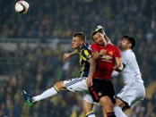 Manchester United loses 1-2 at Fenerbahce in Europa League