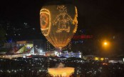 Crowds dice with death at Myanmar's explosive fire balloon festival