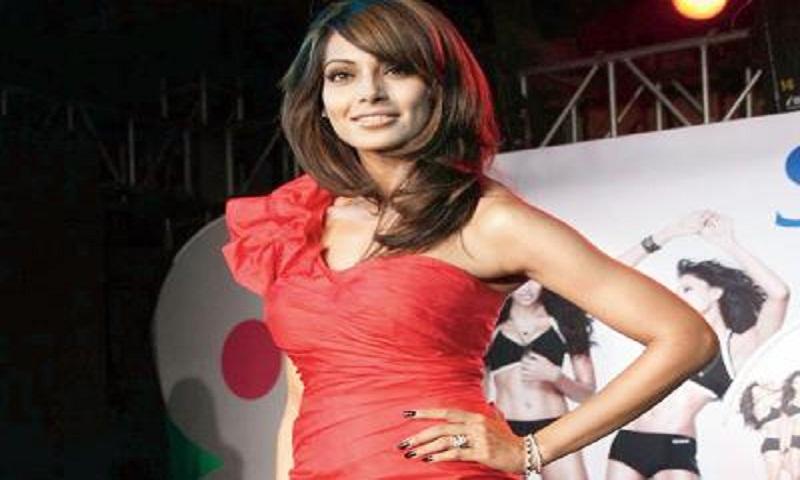 Bipasha Basu can't stick to a diet plan