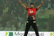 Mashrafe strikes early in Chittagong's chase of 183