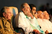 Fidel Castro makes last public appearance for 90th birthday gala (video)