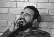Netizens flood social media with tributes to Castro