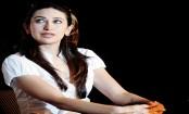 Karisma Kapoor nails down desi avatar with style
