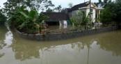 Heavy rain, flood claim 17 lives in central Vietnam