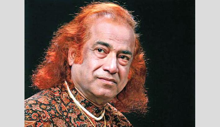 Aashish Khan mesmerises  Dhaka audience
