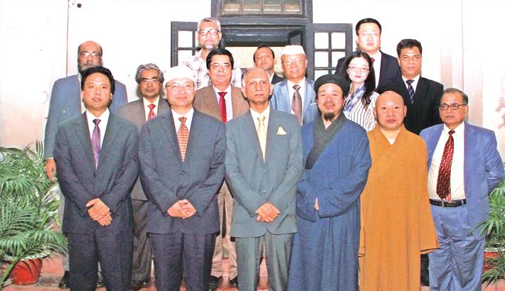 Chinese delegates meet DU VC