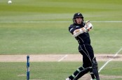 New Zealand post 341/7 in opening ODI against Bangladesh