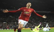 Ibrahimovic signs one-year deal at United