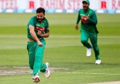 Bangladesh keep New Zealand to 251 despite Broom ton