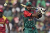 Imrul Kayes, Sabbir Rahman rebuild as Bangladesh cross 100