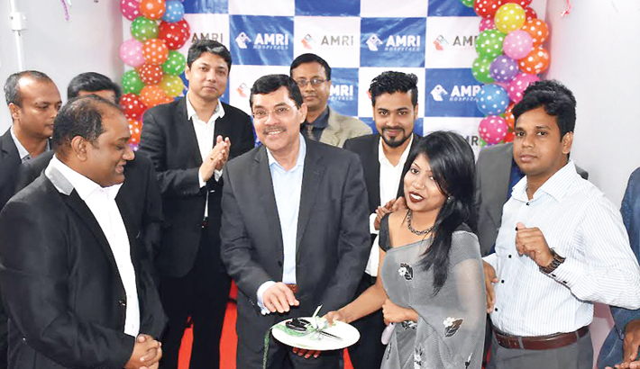 AMRI Hospital Opens Help Center in Dhaka