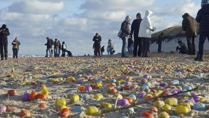 Flood of plastic eggs delights children on North Sea island