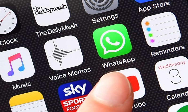 Court revives suit alleging Apple monopoly on iPhone apps