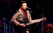 Pakistan singer Atif Aslam saves woman from harassers stopping concert