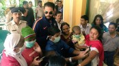 Yuvraj Singh meets cancer patients after whirlwind knock against England