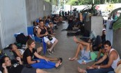 Mexico expels 91 Cuban migrants after US law change