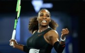 Serena Williams reaches Australian Open quarter finals without dropping a set