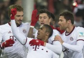 Lewandowski's superb injury-time goal gives Bayern all three points in Bundesliga resumption