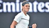 Nadal downs Zverev, Serena cruises