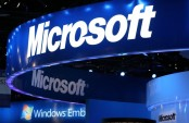 Microsoft beats 2Q forecasts as focus shifts from Windows
