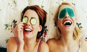 Eye masks to improve overall eye contour