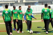 Bangladesh fly to India for historic Test