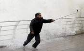 Man taking selfie among seven dead in Iran storms