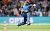 Incredible Gunaratne makes it happen again for Sri Lanka