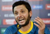 Pakistan's Shahid Afridi announces retirement from international cricket