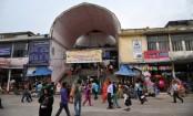 Hawker stabbed dead in city's New Market area