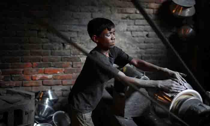Hazardous child labour rampant in city, outskirts