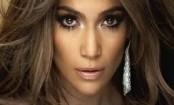 Jennifer Lopez denies she dates younger men